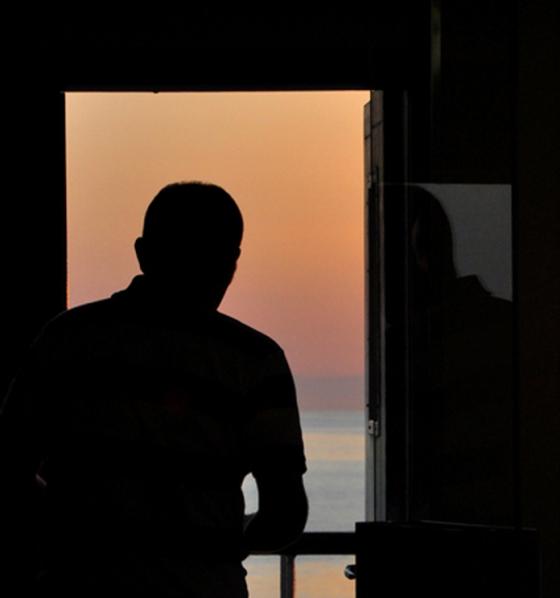 vado-a-vedere-il-tramonto-di-Stromboli-a25680286